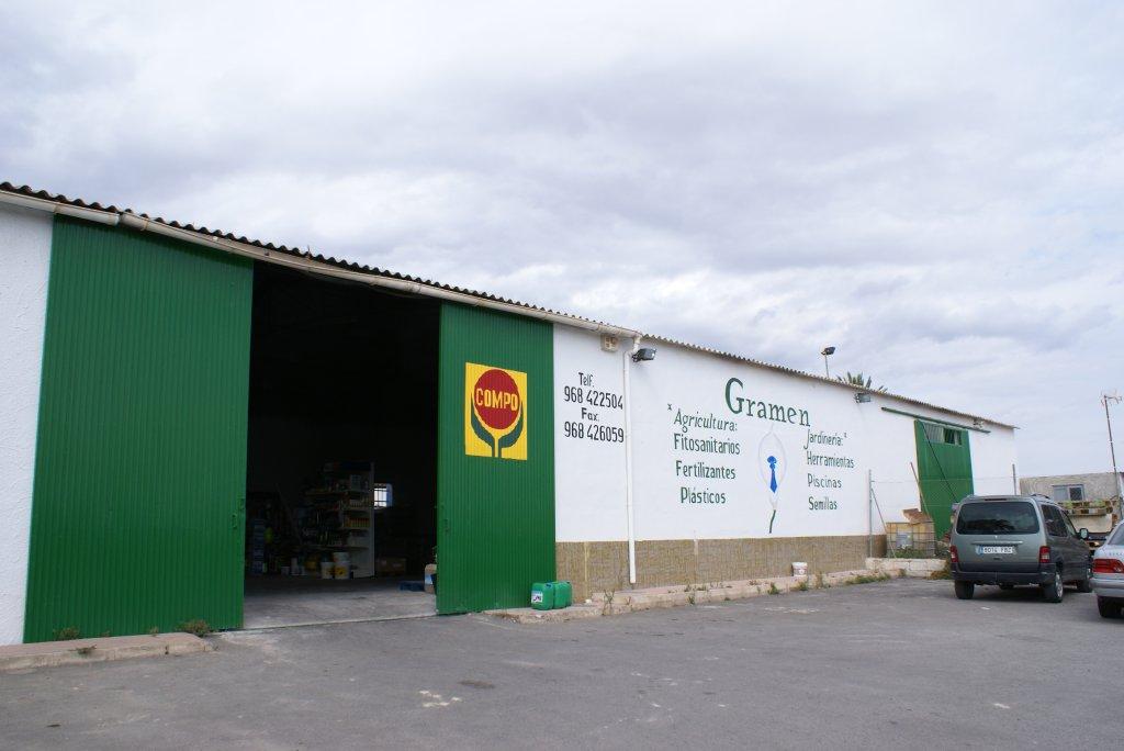 Exterior de las instalaciones de Gramen